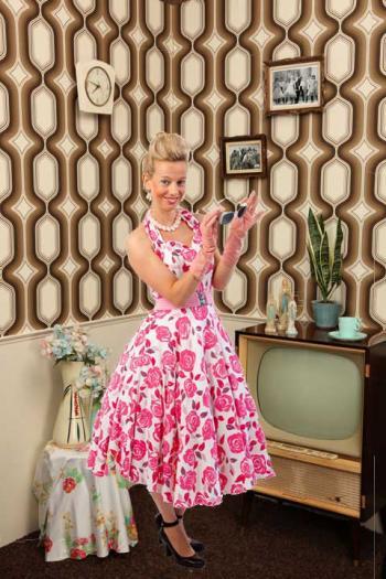 Halter jurk, Doris