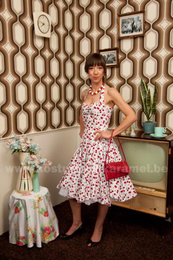Halter jurk, Lana